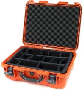 Nanuk 930 Oranje met Vakverdelers